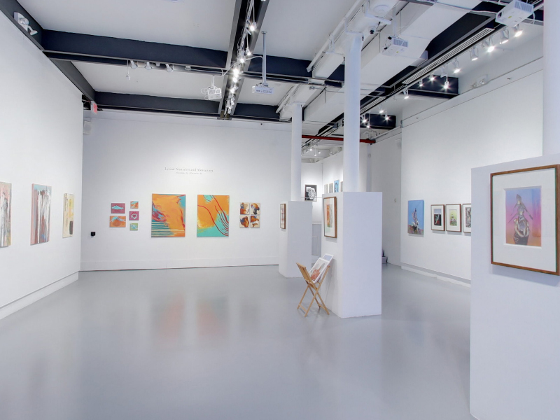 Take a virtual tour of the 11月 24, 2020 exhibition at Agora Gallery